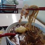 味奈登庵 - 温かい蕎麦も美味しい