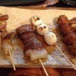 なんこつ屋 - 料理写真:1本ずつ、焼きたてを食べれちゃう(^o^)/