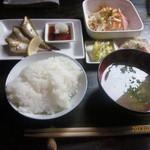 ホープ洋装店 - 本日の焼き魚ランチ