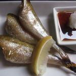 ホープ洋装店 - 焼き魚はハタハタ!