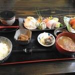 とよ吉 - 料理写真:海まかせ お造り膳
