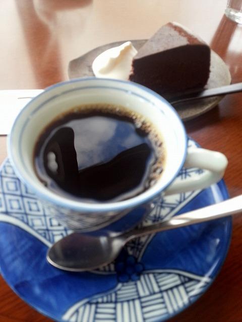 はぜや珈琲 - ブラジルのフレンチロースト&ガトーショコラ