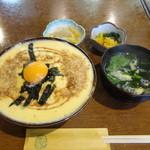 京雀 - 玉子そぼろ丼