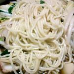 ベトコンラーメン新京 - 細麺