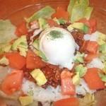 ROOTS - 【タコライス】沖縄の郷土料理を再現!辛さを調整できますのでゲキカライスに挑戦してみませんか!?