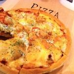 ROOTS - 【シーフードピザ】具だくさんでチーズがとろ~り!