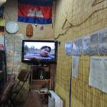 シェムリアップ - カンボジアの歌謡曲が流れています