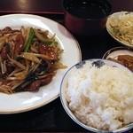 麗人飯店 - レバーとニラ炒め