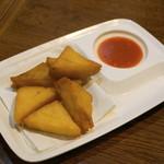 ノング インレイ - 2013.2 揚げシャン豆腐、シャン豆腐はレンズ豆の豆腐