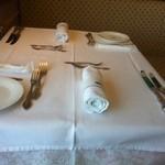 パリジェンヌ - テーブルセッティング