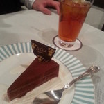 17131967 - ☆チョコケーキとチョコ味のアイスティー☆