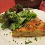 ル・プレヴェール - 自家製ベーコンとフロマージュブランのキッシュ、キャラウェイ風味