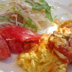 セレブ・デ・トマト - ビュッフェの前菜(私)