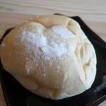 17142921 - 豆パン