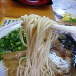 17145257 - 麺は中細麺♪
