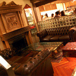 CAFE RIGOLETTO - 1階ランウンジ