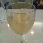鱗亭 - グラスワイン白