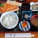 陣屋 - 料理写真:ウニセット?(正式名称・値段ともに失念…) 2006.08
