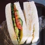 カフェ ラ ブヴェット - サンドイッチの様子