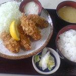 とんかつ伊勢 - 廣島かきフライ定食