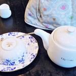 DADA - ドリンク写真:お茶の用意一式