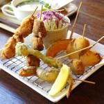 ハングルース - 料理写真:日替わり串揚げランチ
