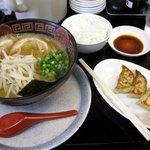 くるめラーメン - 味噌らーめん餃子セット