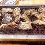 島田水産 - 焼き牡蠣