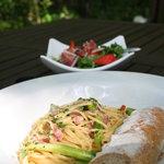 古民藝・参拾六番 森の中の古民家 ガーデンレストラン - アスパラとベーコンのスパゲティ