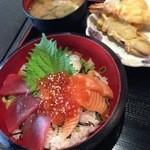 魚国原水産 - こくばる海鮮丼定食