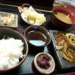 壱護 - <限定15食>昼定食680円