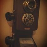 GRILL&BAR SOULWOOD - レトロな電話。でも電子音。