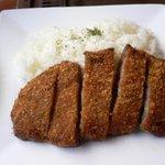 高森亭 - 牛カツカレーの牛カツとライス