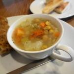 カフェむぎわらい - スープは具だくさん~