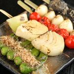 摸糊奈 - 常連さん絶賛。素材の旨みを活かした野菜の串焼き!