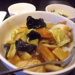 餃子厨房 福楽門 - 中華丼アップ
