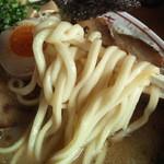 17202124 - その麺はデフォと言うにはあまりに太過ぎた。大きく、厚く、そして大雑把過ぎた。 それはまさに・・・・チャンポン麺だった。