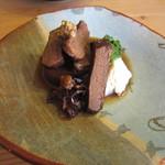 一東菴 - 「牛肉と大根のプラム煮」(普段は豚肉)