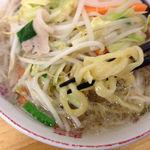 17204338 - しゃきしゃきタンメン麺リフトアップ
