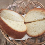 イタリアンカジュアルダイニング プランポーネ - セットのパン