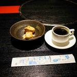 博多石焼 大阪屋 - コーヒーとスイーツ