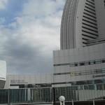 17208480 - 201302 PIER21 インターコンチと国立大ホールの間をすり抜けて行きましょう!