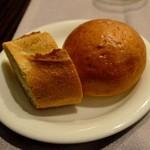 モンスレー - ミルクパンとパゲット