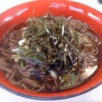 レストラン しゃくなげ - 料理写真:山菜蕎麦