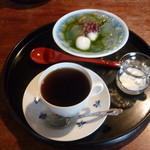 17216265 - 抹茶あんみつとブレンドコーヒー