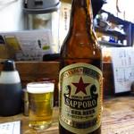 かとりや - 瓶ビール600円(サッポロラガー赤レベル!)