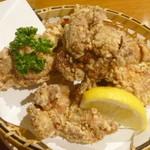伊都ダイニング - 鶏の唐揚げ(単品)¥460。1つ1つがとても大きくてボリューム感満点です。