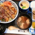 17224270 - 丼ランチ(味噌カツ丼) 680円