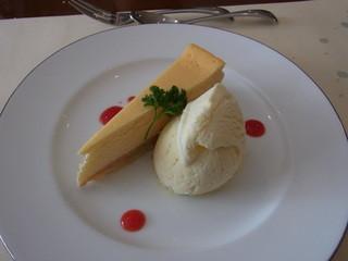 アチェーロ - デザートのチーズケーキ