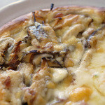 森のピザ工房 ルヴォワール - 自家製ベーコンと椎茸